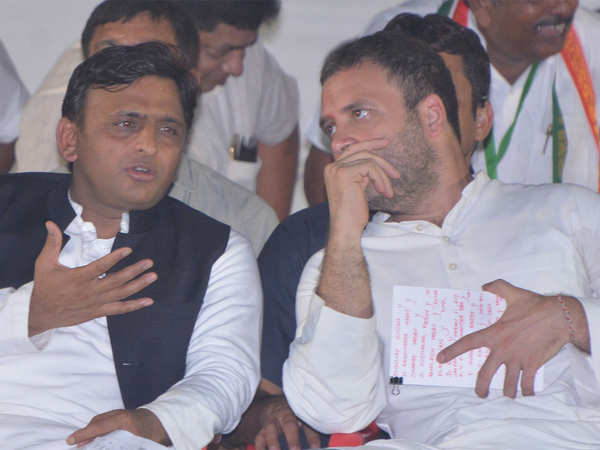akhilesh yadav opposes dmks rahul for pm call