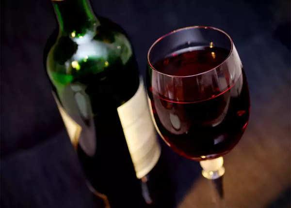 दिल के लिए फायदेमंद रेड वाइन