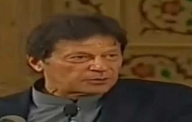 नसीरुद्दीन के बयान में कूदे इमरान खान, कहा भारत को सिखाएंगे अल्पसंख्यकों के साथ कैसा हो सुलूक