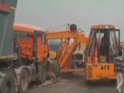 हरियाणा: घने कोहरे में हाइवे पर टकराईं 50 गाड़ियां, 8 लोगों की मौत