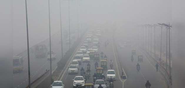 दिल्ली में प्रदूषण से निपटने के लिए फिर लागू हो सकती है ऑड-इवन स्कीम