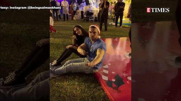 salman khan sohail khan and arbaaz khan groove together video goes viral