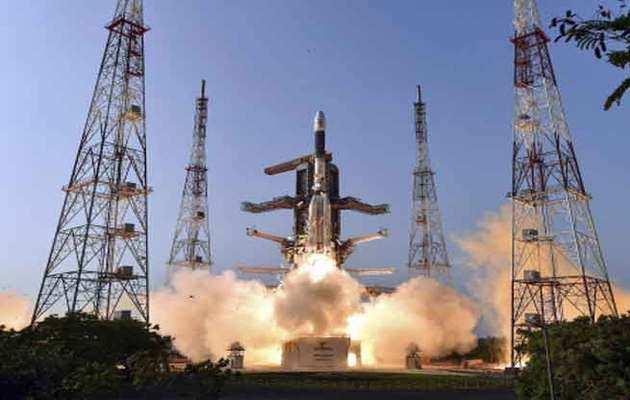 गगनयान प्रॉजेक्ट के लिए 10,000 करोड़ रुपये की राशि आवंटित