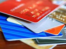 Debit Card vs Credit Card: जानें, क्या है डेबिट और क्रेडिट कार्ड में अंतर