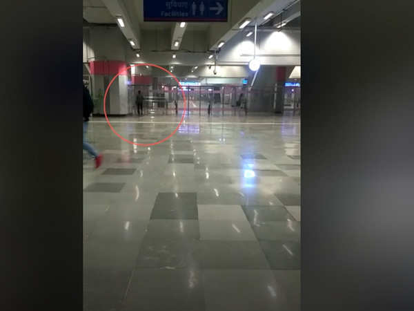 delhi person enters metro station without security scan video goes viral