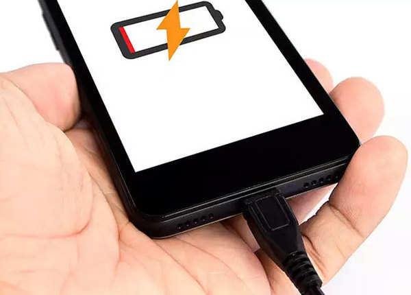 ड्यूप्लिकेट चार्जर इस्तेमाल न करें