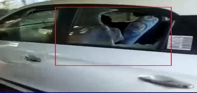 सबरीमाला पर जारी केरल में हिंसा, विधायक पर हमला