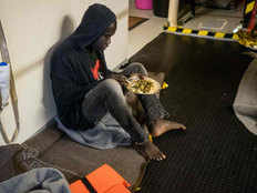 sea watch international claim refugee at malta sea are not eating meals