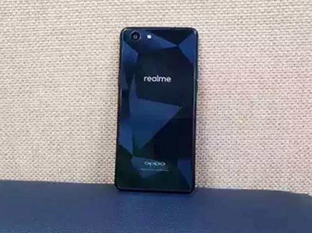 Realme 3 में हो सकता है 48MP कैमरा, Redmi 7 को देगा टक्कर