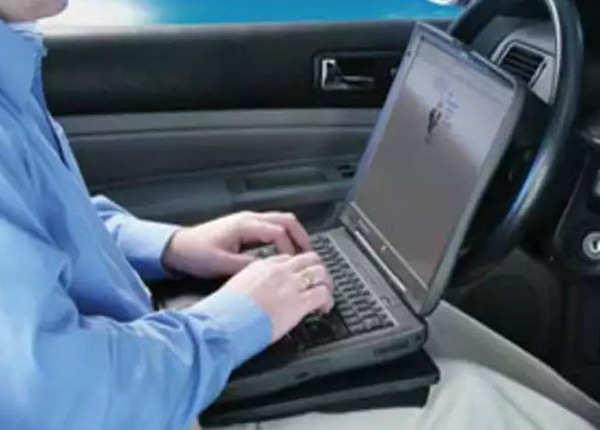गोद में न रखें लैपटॉप