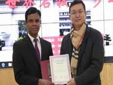 isaac devakumar wins chinas best foreign teacher award once again