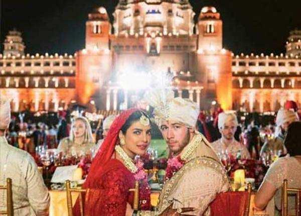 देखिए, प्रियंका निक की शादी की नई तस्वीर