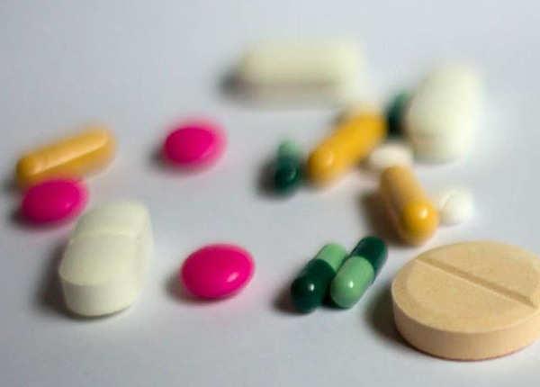 बर्थ कंट्रोल पिल्स व अन्य दवाईयां