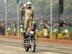 motorcycle loses control in gujarats republic day parede 6 kids woman cop injured