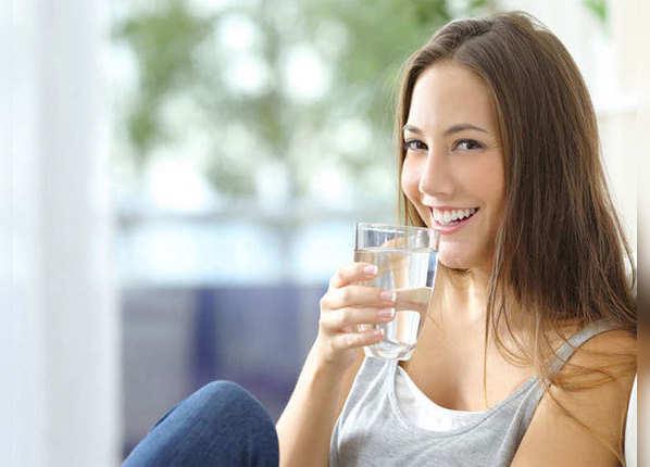 पर्याप्त पानी पिएं