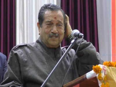 अलीगढ़ में एक कार्यक्रम के दौरान इंद्रेश कुमार