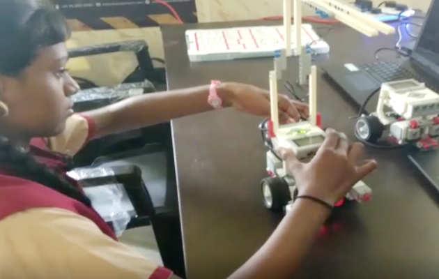 तमिलनाडु के सरकारी स्कूल में रोबॉट बनाना सीखेंगे छात्र, खुली लैब