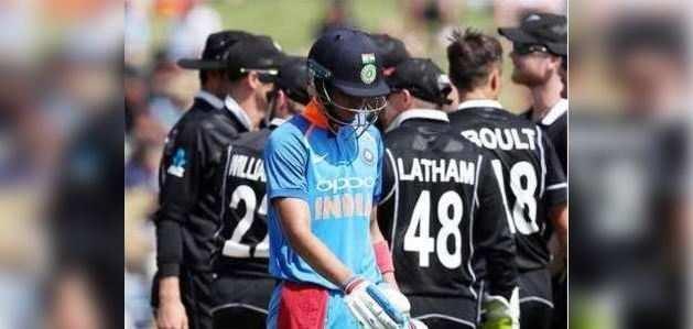 हैमिल्टन वनडे: 15 ओवर में ही हारी टीम इंडिया