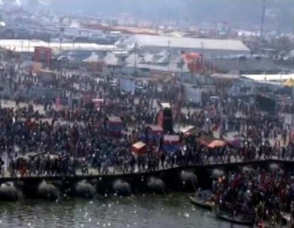 kumbh mela approx 12 5 crore people took holy dip at triveni sangan