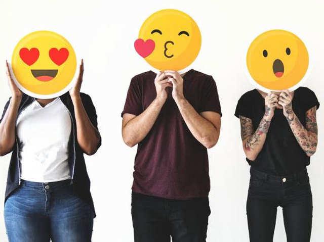 WhatsApp और Facebook पर आ रहे 230 नए इमोजी, बढ़ेगा चैटिंग का मजा