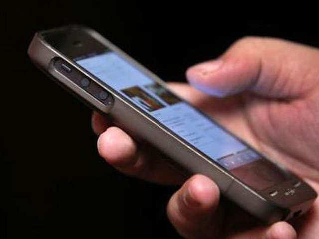 बढ़ते कॉम्पिटिशन के चलते 40 से ज्यादा Smartphone ब्रैंड्स ने छोड़ा भारत