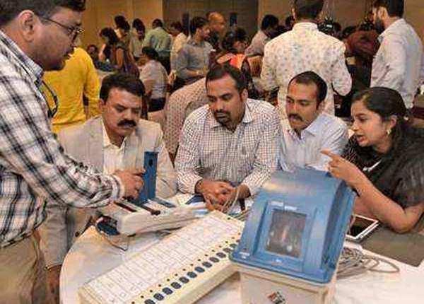 जानें, भारत में वोटिंग का 70 सालों का इतिहास