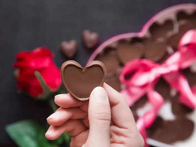 पार्टनर संग ऐसे मनाएं चॉकलेट डे