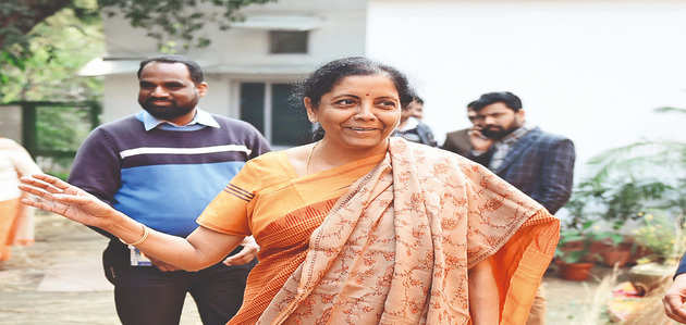 रक्षामंत्री निर्मला सीतारमण ने कहा, राफेल रिपोर्ट में छिपया गया पर्रिकर का जवाब