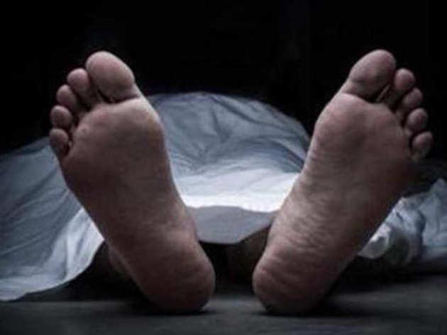 यूपी और उत्तराखंड में 34 मौतें: आखिर कहां से आती है जहरीली शराब की खेप?