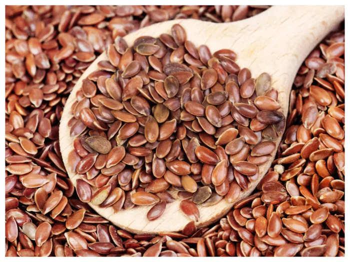 tips to reduce weight: वजन कम करने में मदद करती है अलसी - flax seed is  helpful in reducing weight | Navbharat Times