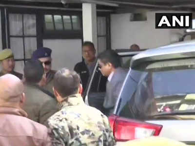 Saarada Chitfand Ghotaala Police Commissioner Rajiv Kumar Se Teesare Din Bhi CBI Ki Poochh-taachh