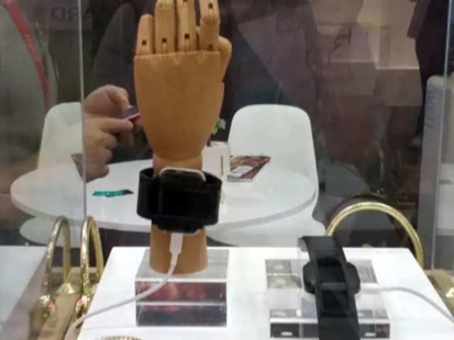 जल्द लॉन्च हो सकता है 'पहना जा सकने वाला' स्मार्टफोन, चाइनीज ब्रैंड ने किया कंफर्म