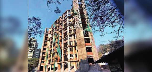 मिट्टी में मिल रहा है मुंबई का 'करप्शन टावर'