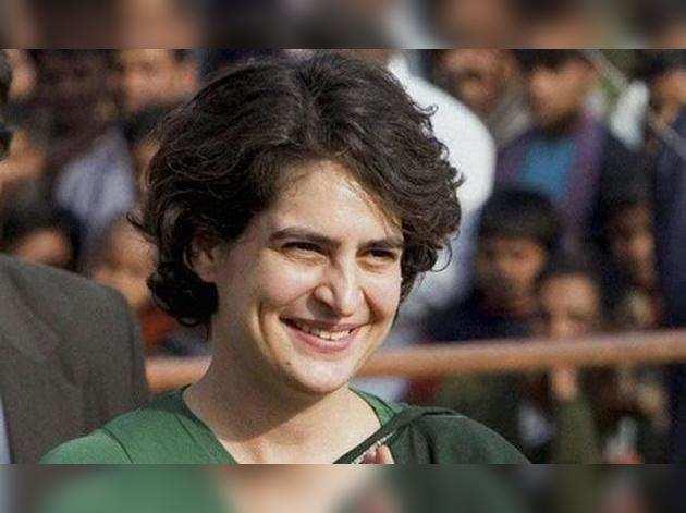 2019 चुनाव की तैयारियों में जुटी प्रियंका गांधी, कई घंटे चली मीटिंग