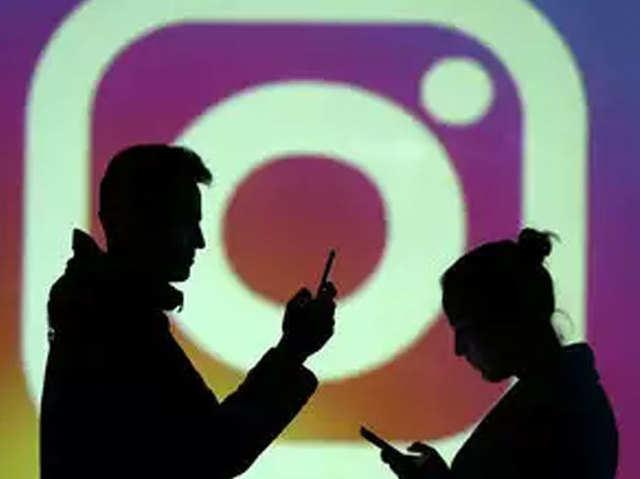 पेटीएम मनी के बदले न्यूड्स, भारत में Instagram बोले तो 'सेक्स फॉर सेल'