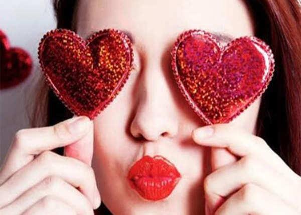 Valentine's Day को सेलिब्रेट करने के लिए सिंगल्स के लिए टिप्स