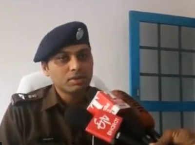 आरोपी की गिरफ्तारी की जानकारी दिनेश कुमार