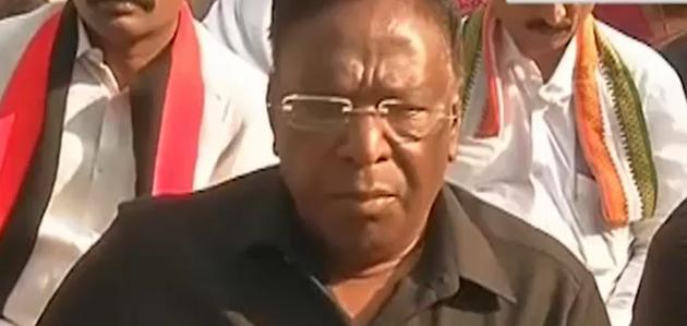 तानाशाह की तरह पेश आ रही हैं किरण बेदी: पुडुचेरी सीएम