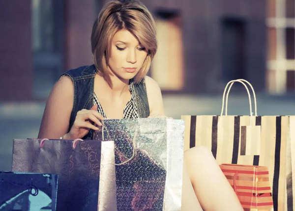 दुखीं हों तो शॉपिंग के लिए न जाएं