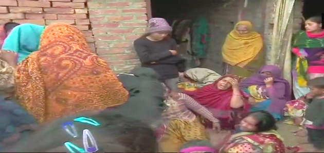 पुलवामा हमला: कई परिवारों में पसरा मातम