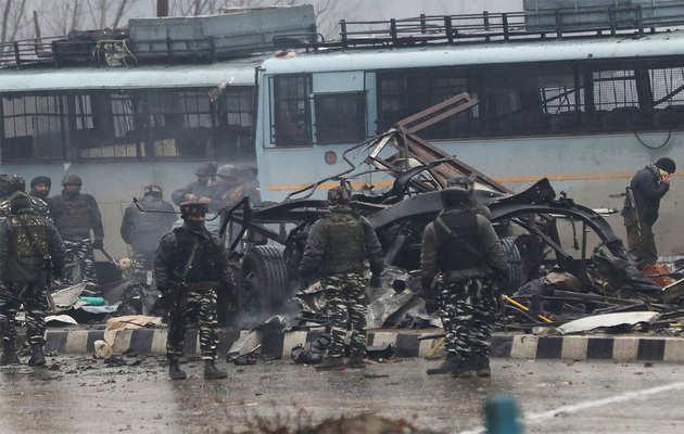 पुलवामा हमला: सीआरपीएफ ने शहीदों की नकली तस्वीरें शेयर न करने की सलाह दी