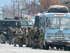 कश्मीर में काफिले के मूवमेंट को लेकर बदलेंगे नियम: CRPF