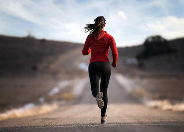 दौड़ने से घटती है पेट की चर्बी