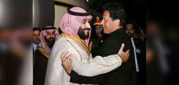 सऊदी प्रिंस हुए पाकिस्तान पर मेहरबान, किए 20 अरब डॉलर के समझौते