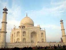 taj mahal tourist will soon enjoy taj view garden made on mughal periods charbagh garden pattern