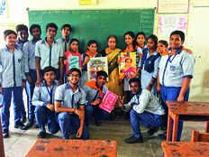 these tamil malayali teachers teach hindi in delhi