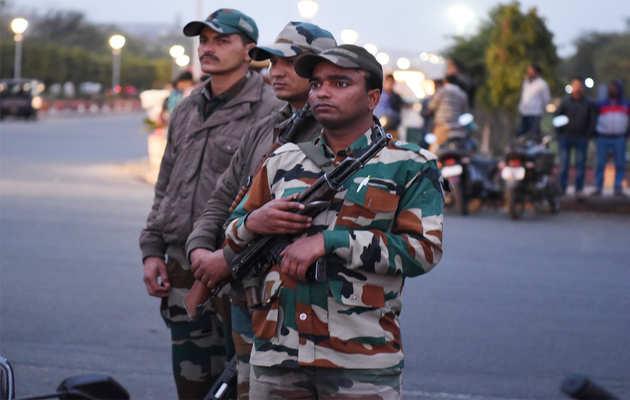 पुलवामा आतंकी हमला: बीकानेर DM ने  पाकिस्तानी नागरिकों को 48 घंटे में जिला छोड़ने का दिया आदेश