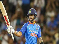 matthew hayden believes that kind of form virat kohli will be tough for australian bowling attack