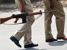 vandal arrested in encounter in baghpat one cop injured