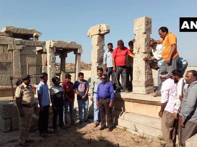 मंदिर के पिलर्स गिराने वालों को मिली सजा